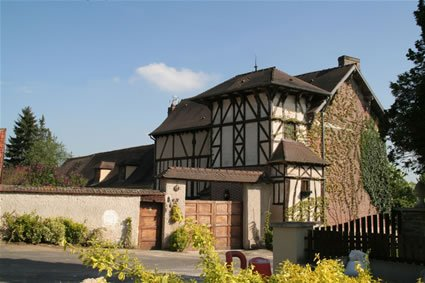 Chateau Hotels Near Giverny