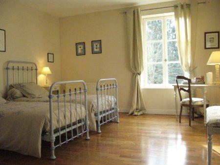 lit b b jumeaux trouvez le meilleur prix sur voir avant achat. Black Bedroom Furniture Sets. Home Design Ideas