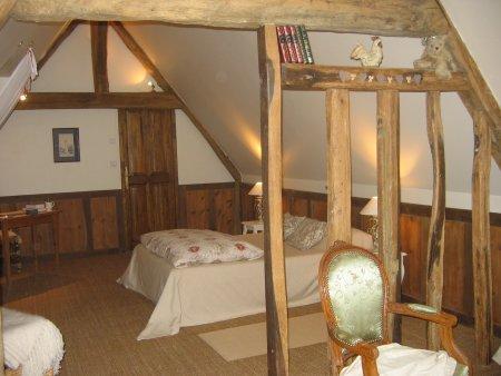 La ferme des ruelles chambre d hote aux environs de giverny for Amenagement grenier en chambre et salle de bain