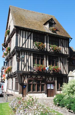 Office de tourisme Vernon - Tourist Information